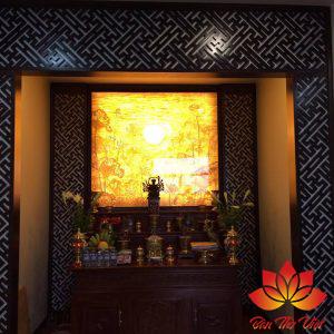 Mẫu tủ thờ âm tường giúp tiết kiệm diện tích cho các căn hộ chung