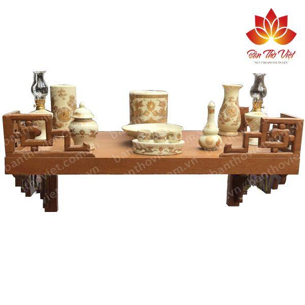 Mẫu bàn thờ treo tường gỗ hương được nhiều khách hàng chọn