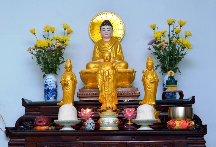 Bàn thờ Phật tại gia - một nét đẹp trong tín ngưỡng văn hóa tâm linh