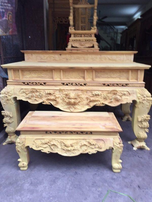 Bàn thờ làm bằng gỗ gì tốt mang lại may mắn cho gia chủ?