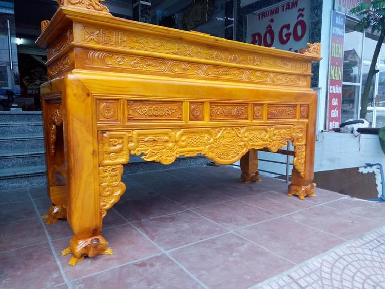 Bàn thờ dùng gỗ gì để gia chủ làm ăn phát đạt gặp may mắn