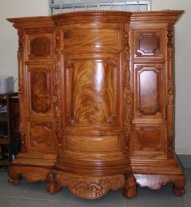 Tủ thờ gỗ xoan đào 4 chân